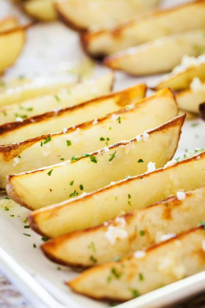 The perfect garlic potato wedges