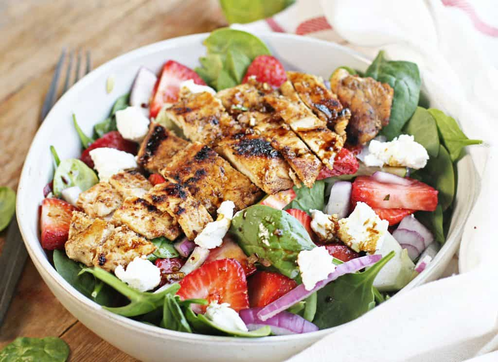 Lunch or dinner, this salad is perfect for summer!