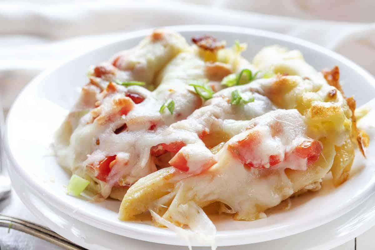 Easy and Delicious Chicken Caesar Pasta