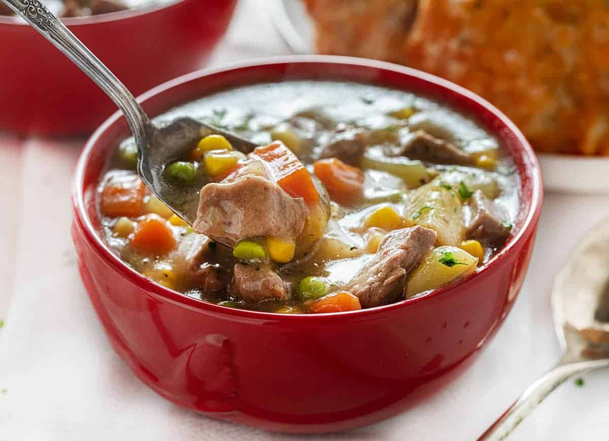 Spoonful of Crockpot Beef Pot Pie
