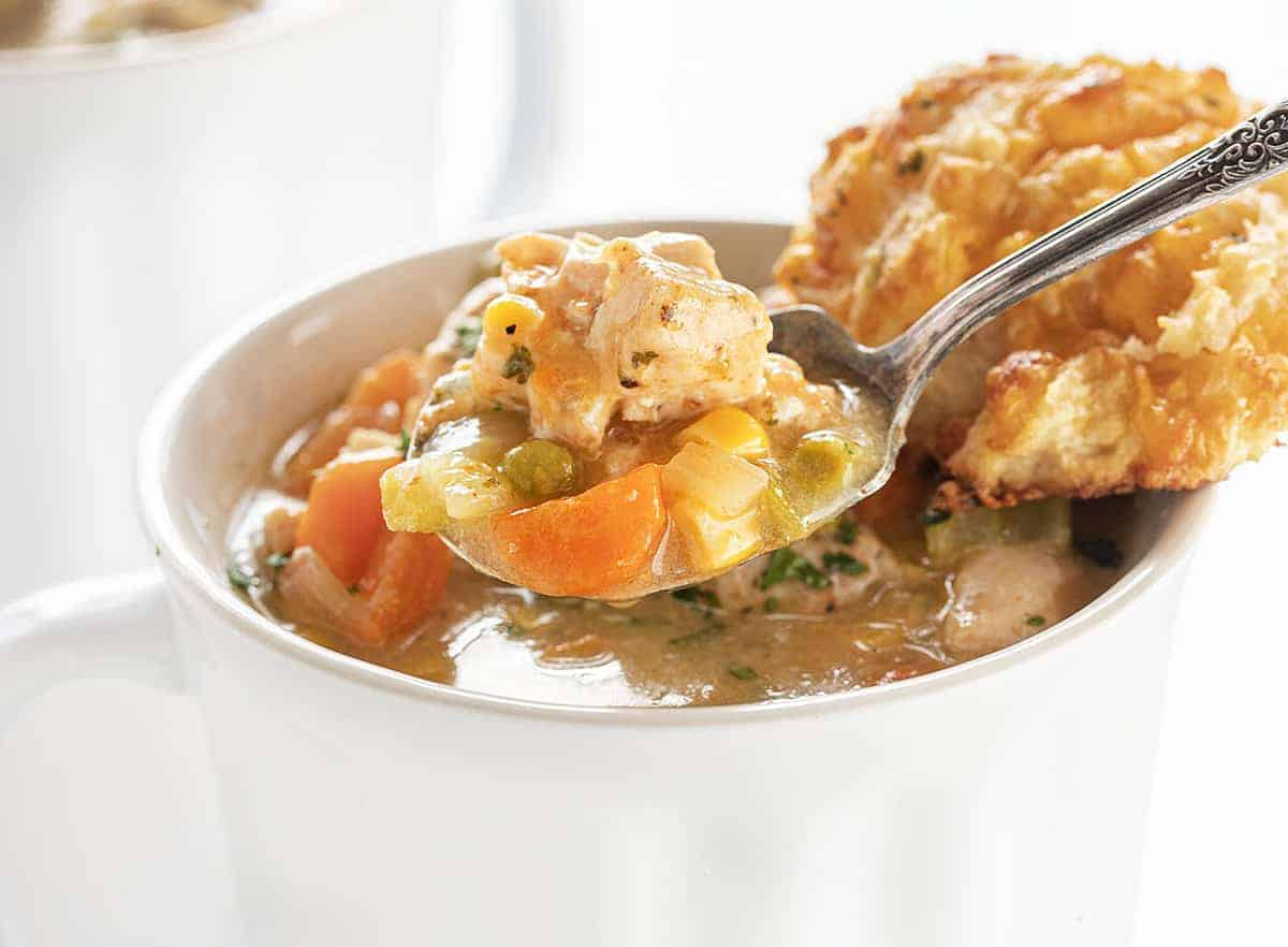 Spoonful of Instapot Chicken Pot Pie Soup