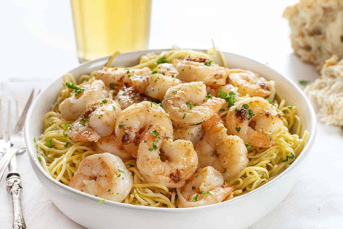 Bowl of Linguini Noodles and Shrimp Scampi