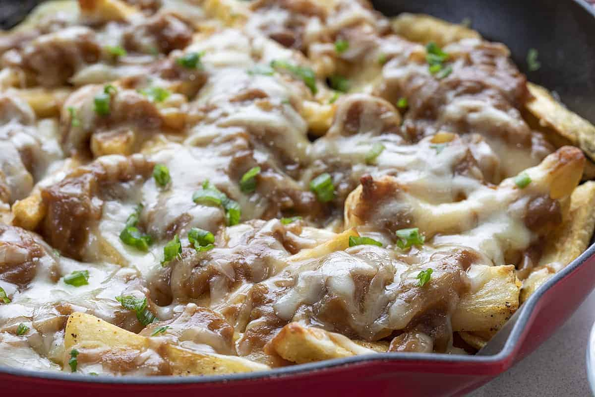 French Onion Cheesy Fries in a Red Skillet