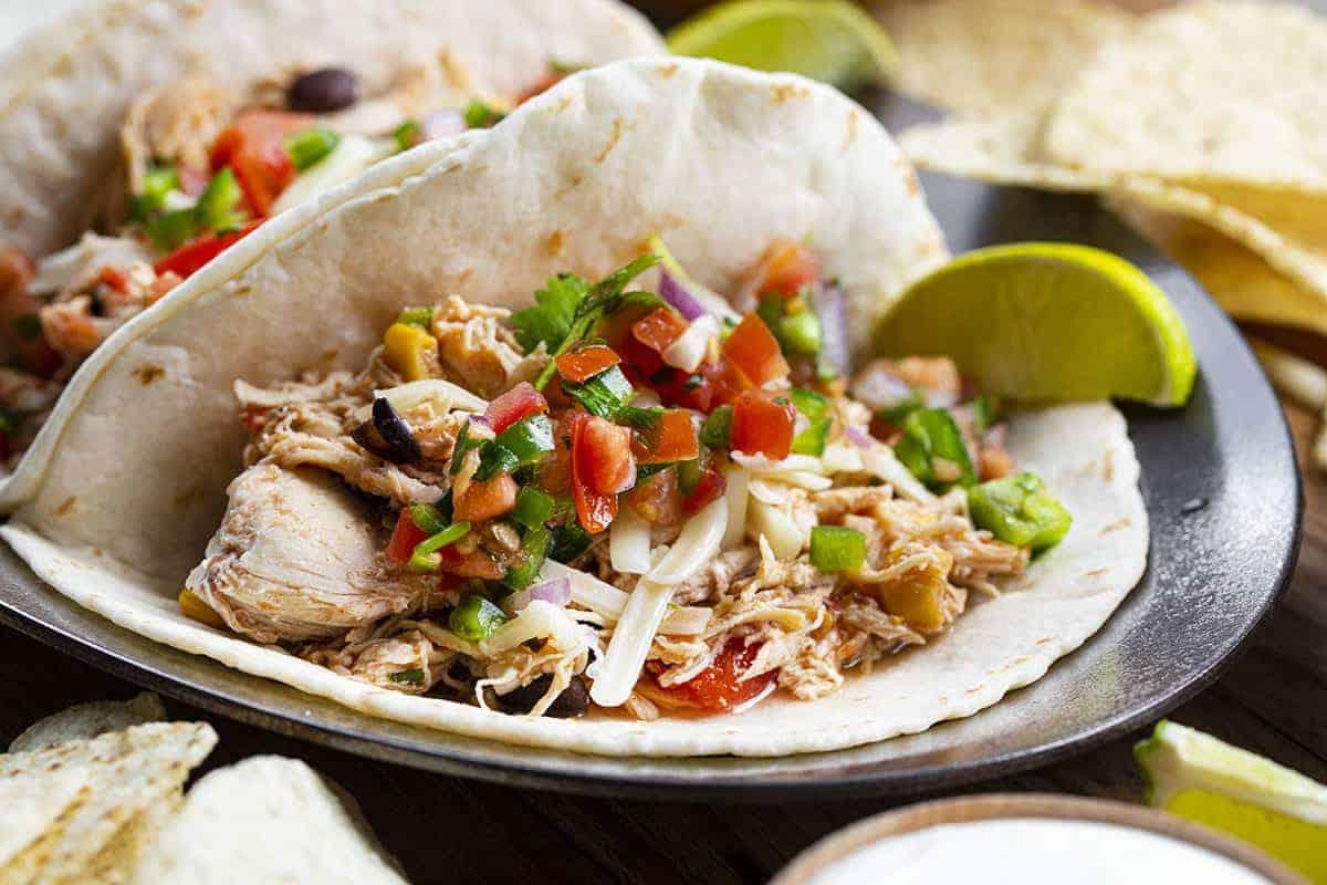 Crockpot Southwest Chicken Tacos